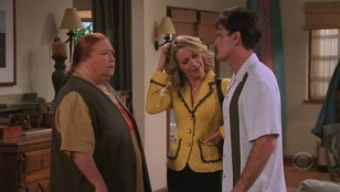 Two and a Half Men 04x10 : Kissing Abraham Lincoln- Seriesaddict
